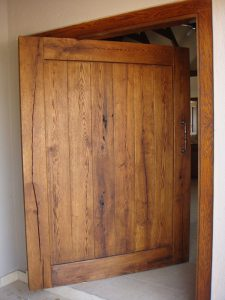 Custom-Made-Oak-Front-Door-3