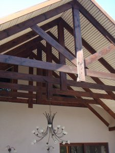 Farm-Style-Roof-Trusses-6