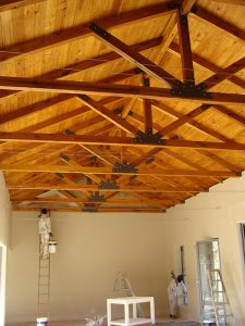 Solid-Oak-Roof-Trusses-3