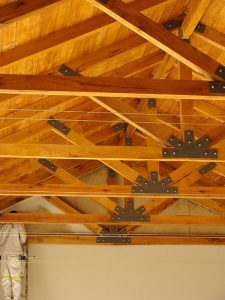 Solid-Oak-Roof-Trusses-4