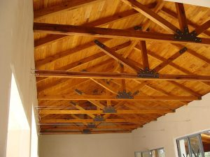 Solid-Oak-Roof-Trusses-6